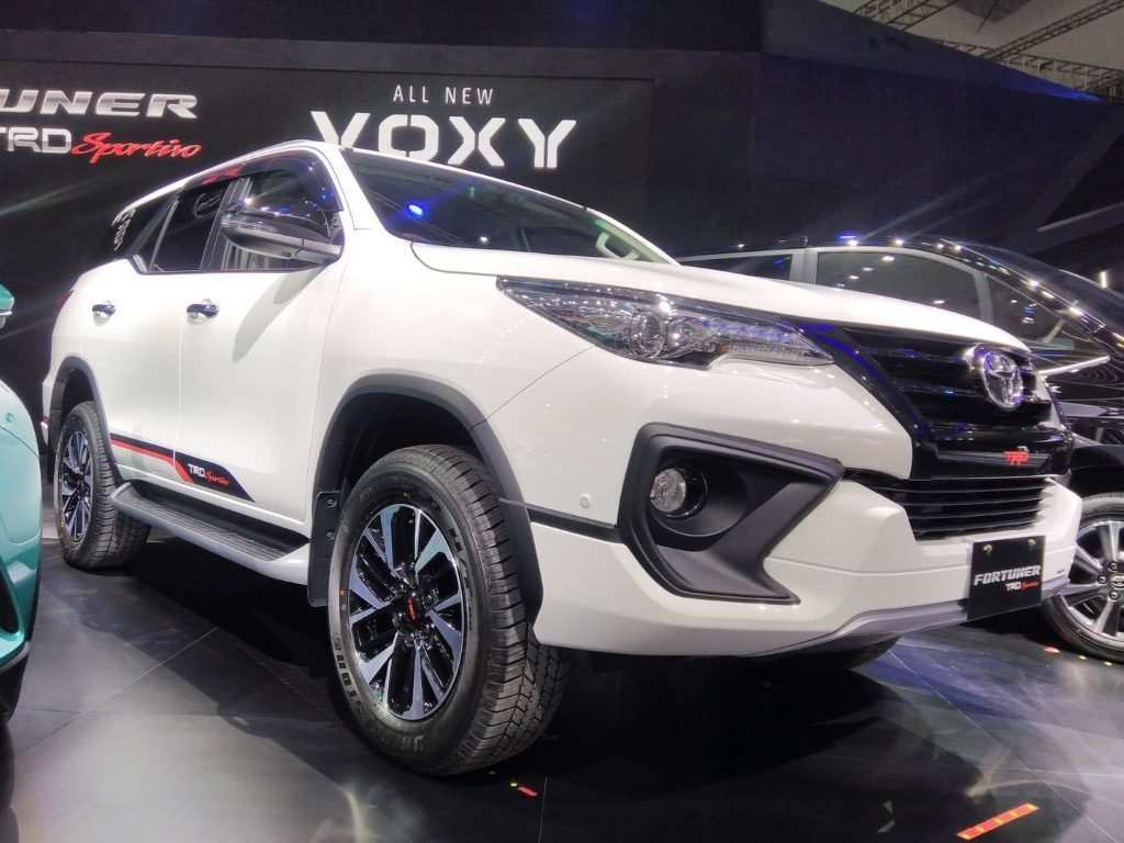 52 Best Review Toyota Fortuner 2020 First Drive for Toyota Fortuner 2020
