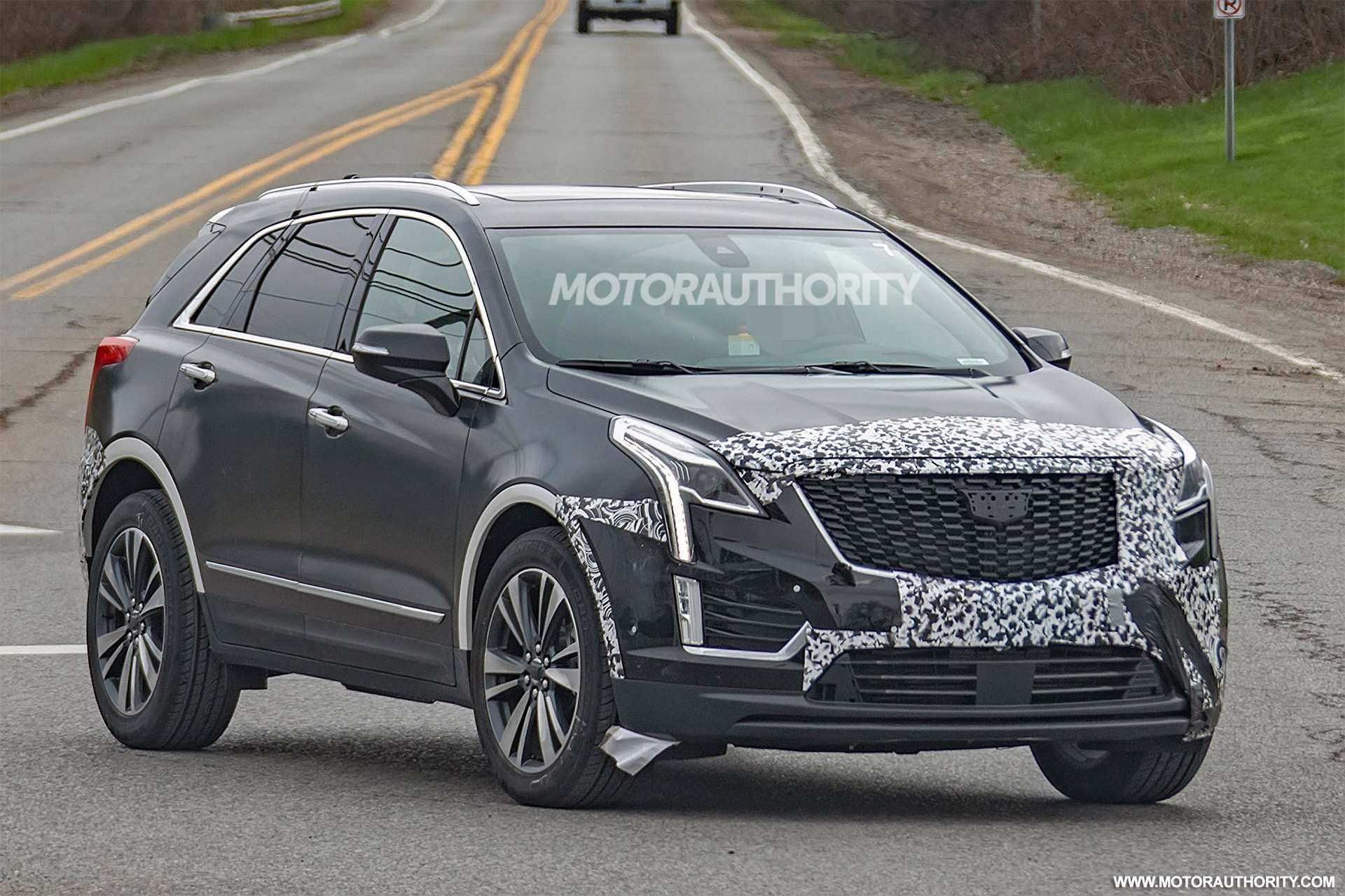 52 Concept of Spy Shots Cadillac Xt5 Price and Review for Spy Shots Cadillac Xt5