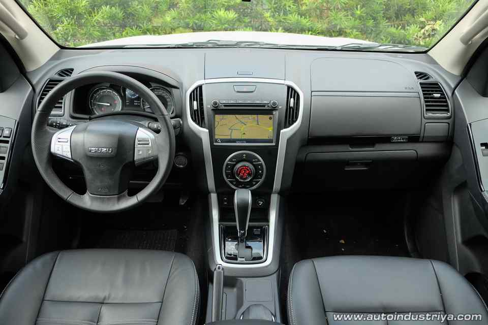 52 Gallery of Isuzu Mu X Interior Release Date with Isuzu Mu X Interior