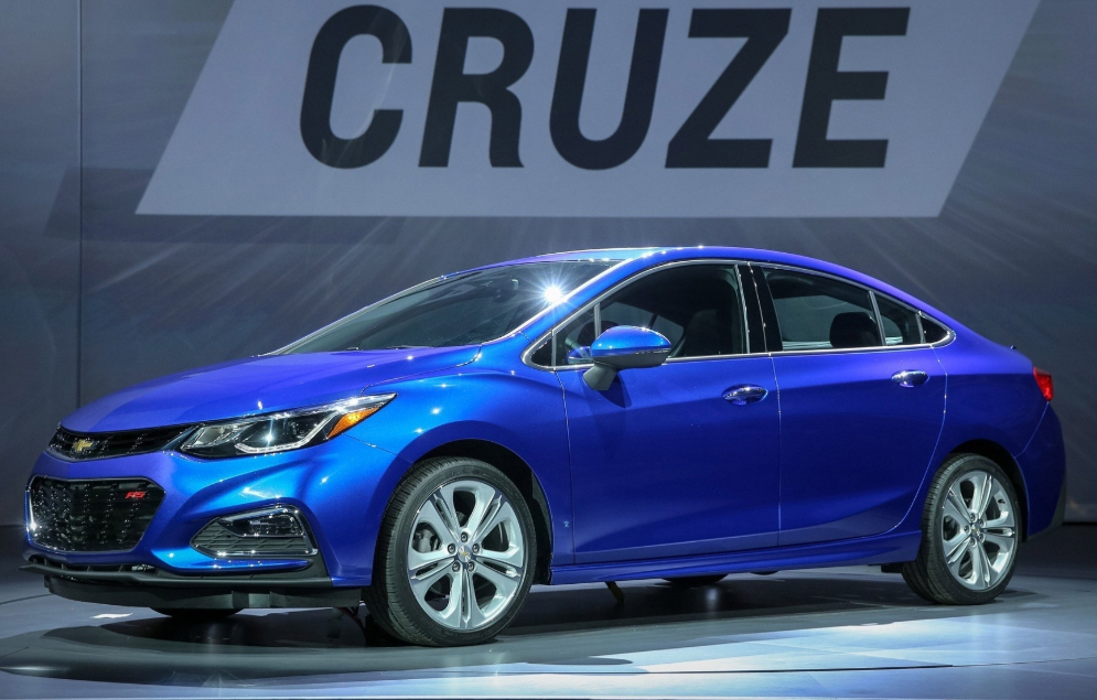 60 Gallery of 2020 Chevrolet Cruze Concept for 2020 Chevrolet Cruze