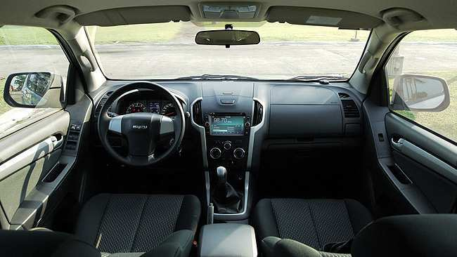 88 Best Review Isuzu Mu X Interior Photos for Isuzu Mu X Interior