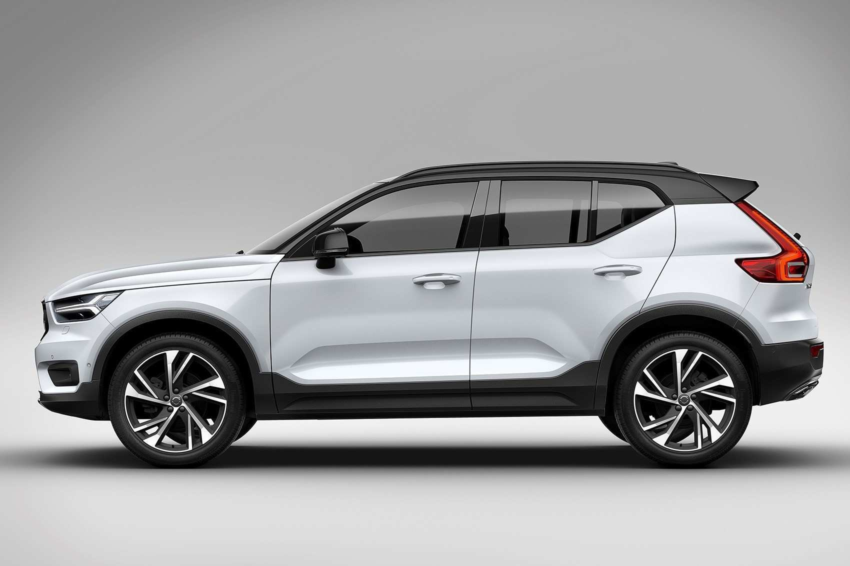 15 Gallery of 2020 Volvo Xc40 Hybrid Release Date Ratings by 2020 Volvo Xc40 Hybrid Release Date