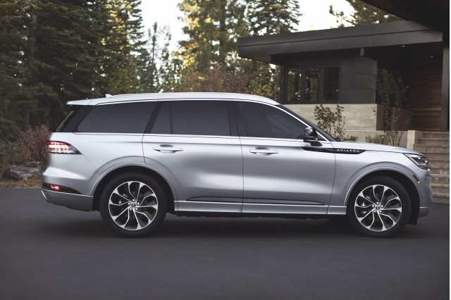 16 All New 2020 Lincoln Aviator Vs Acura Mdx Price and Review by 2020 Lincoln Aviator Vs Acura Mdx