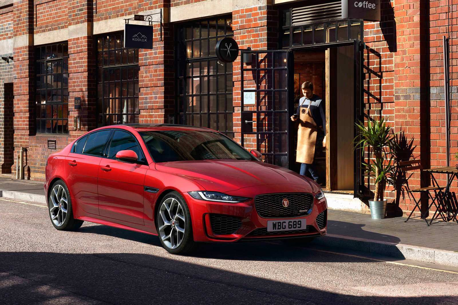 19 New Jaguar Xe 2020 Launch Rumors with Jaguar Xe 2020 Launch