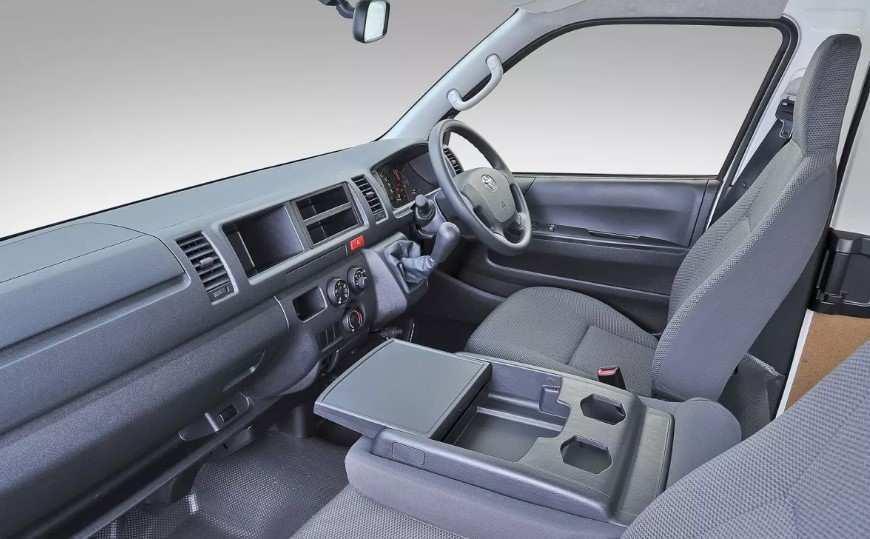 23 Great New Toyota Quantum 2020 Interior Performance and New Engine by New Toyota Quantum 2020 Interior