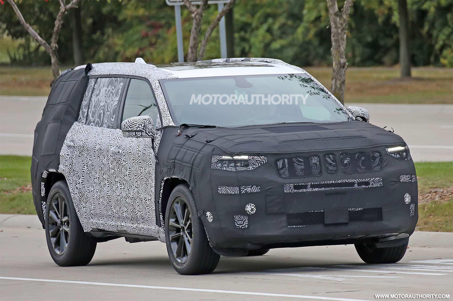 30 Concept of Jeep Grand Cherokee 2020 Spy Shots Engine by Jeep Grand Cherokee 2020 Spy Shots