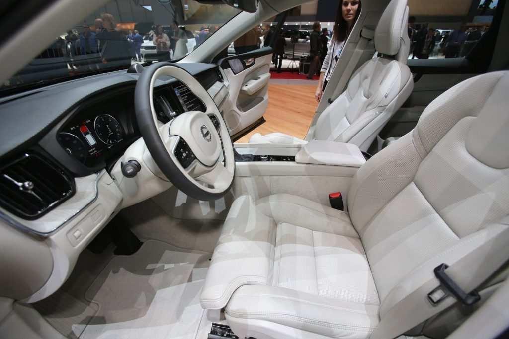 34 Gallery of Volvo V40 2020 Interior Spy Shoot for Volvo V40 2020 Interior