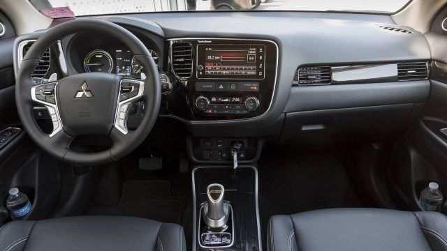 35 Gallery of Mitsubishi Outlander 2020 Interior Reviews by Mitsubishi Outlander 2020 Interior