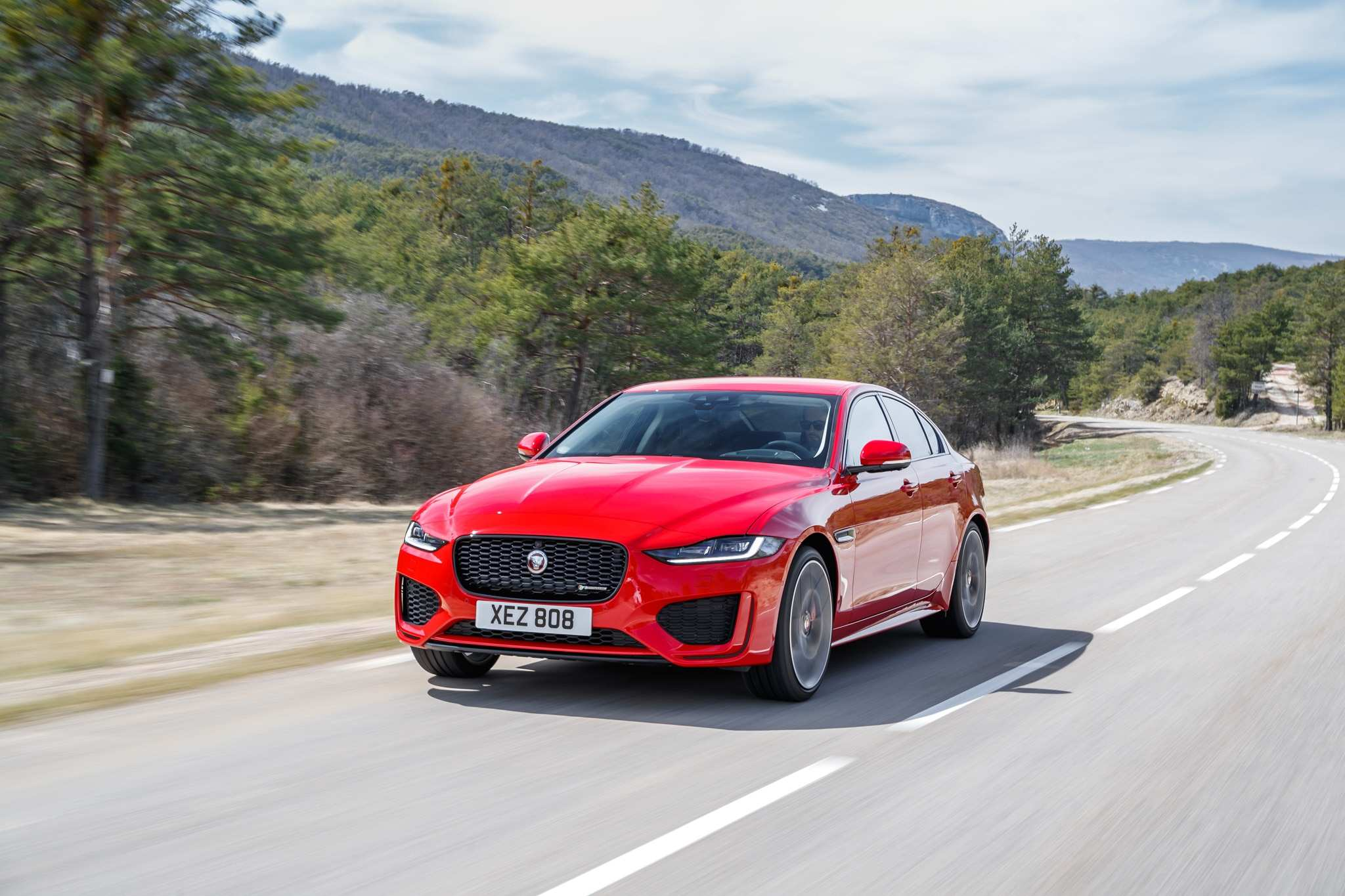 47 Concept of Jaguar Xe May 2020 Spesification by Jaguar Xe May 2020