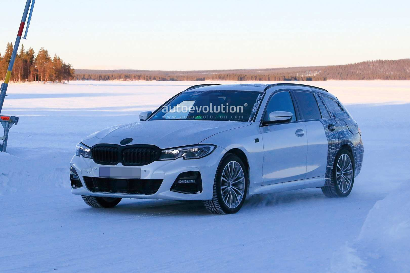 53 Concept of BMW 3 Series Touring 2020 Pictures for BMW 3 Series Touring 2020