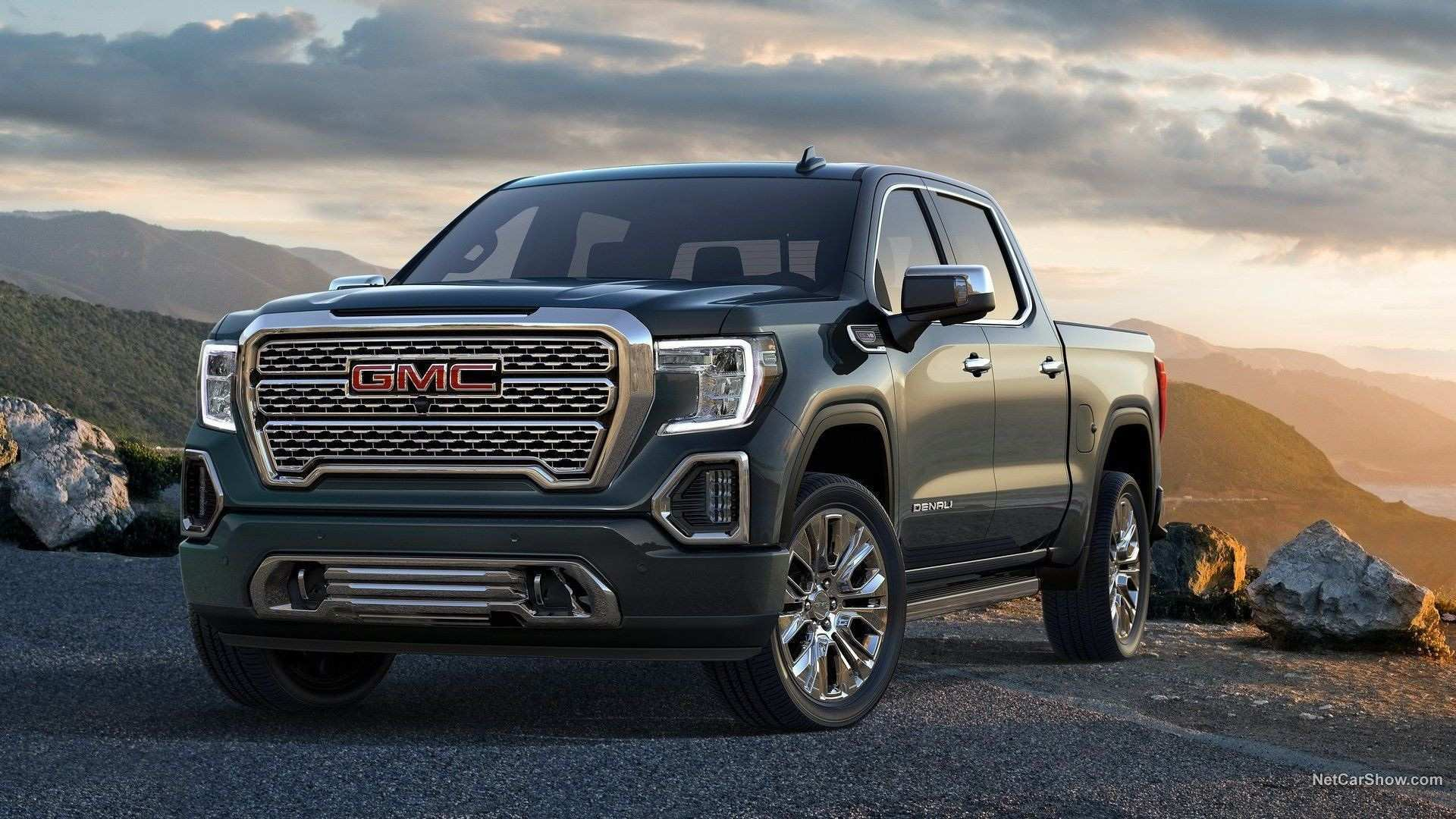 2020 GMC Envoy Overview