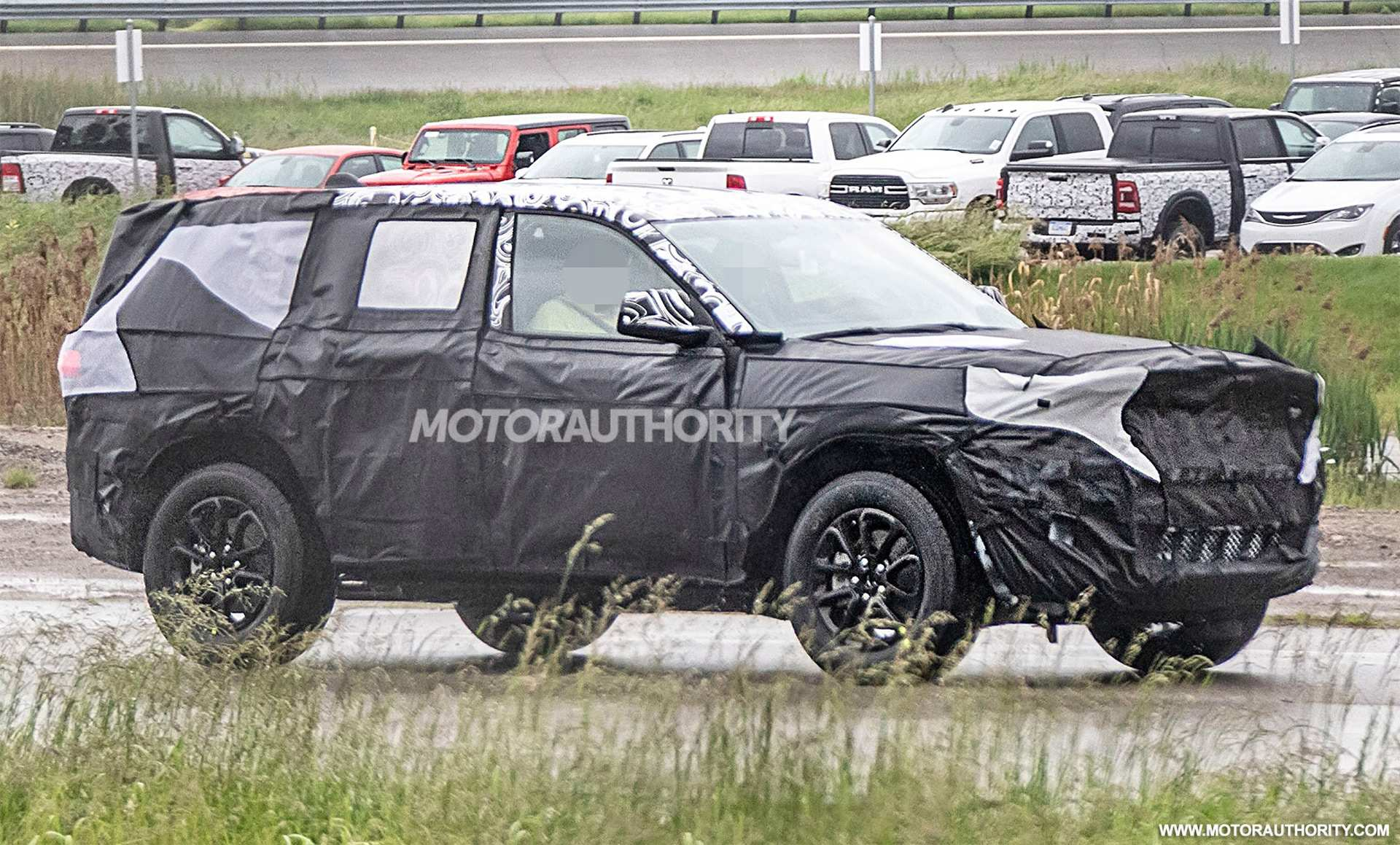 56 All New Jeep Grand Cherokee 2020 Spy Shots Review by Jeep Grand Cherokee 2020 Spy Shots