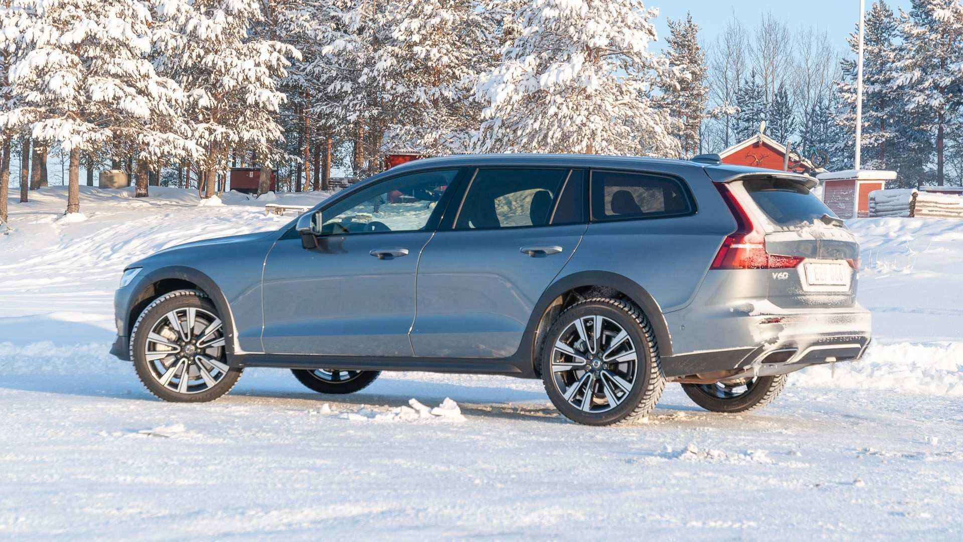 70 New Volvo V60 Cross Country 2020 Price and Review with Volvo V60 Cross Country 2020