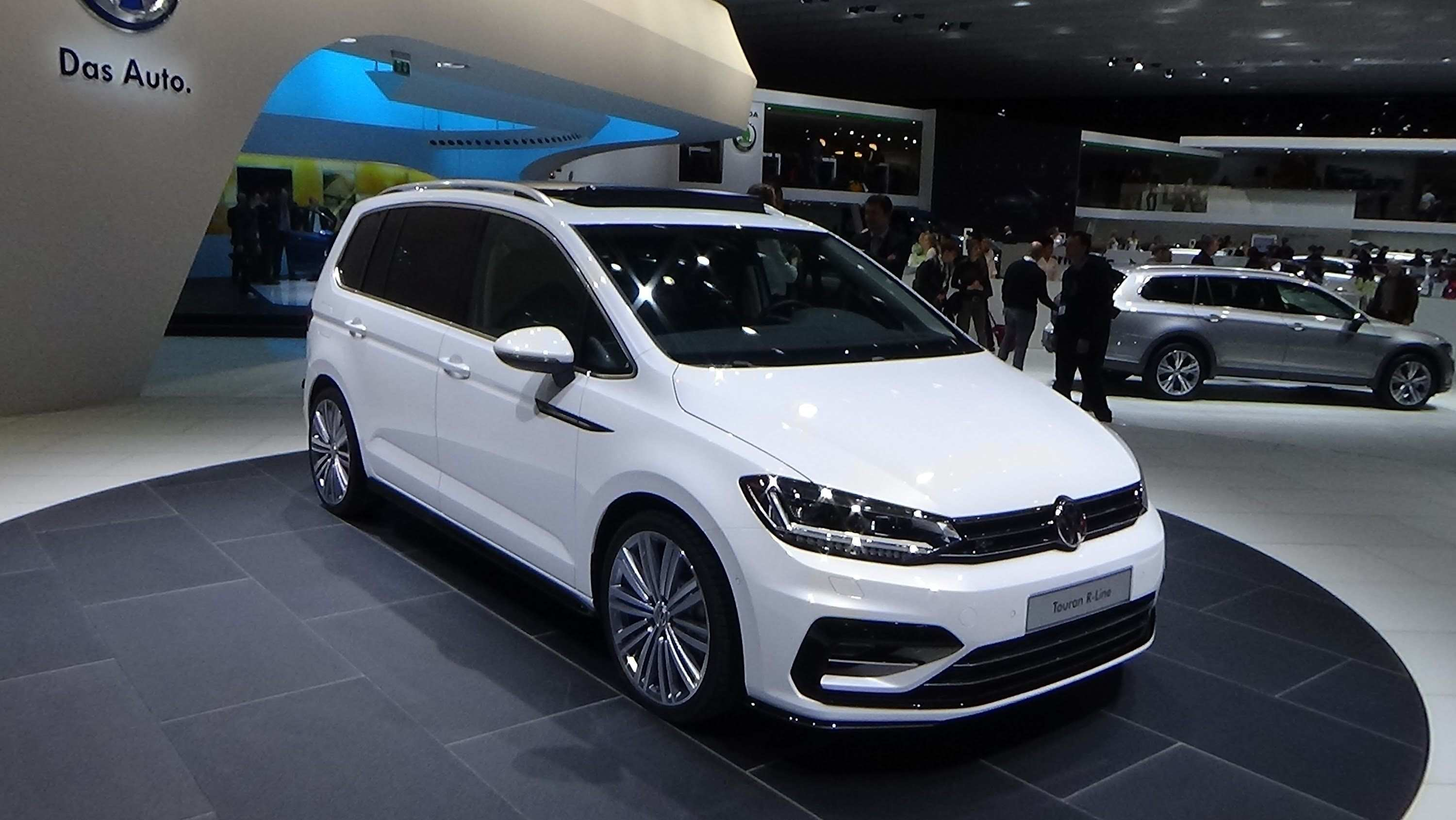 74 New Volkswagen Touran 2020 Research New by Volkswagen Touran 2020