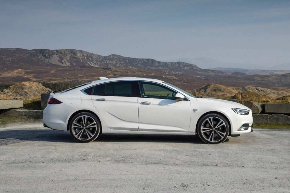 76 The Opel Insignia Grand Sport 2020 Picture for Opel Insignia Grand Sport 2020