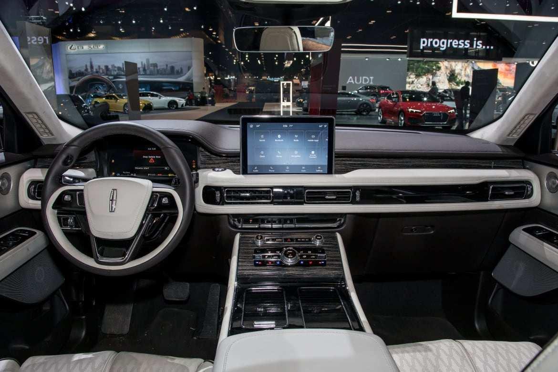 82 Gallery of 2020 Lincoln Aviator Vs Cadillac Xt6 Price and Review with 2020 Lincoln Aviator Vs Cadillac Xt6