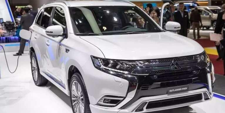 88 Great Mitsubishi Phev Suv 2020 Wallpaper with Mitsubishi Phev Suv 2020