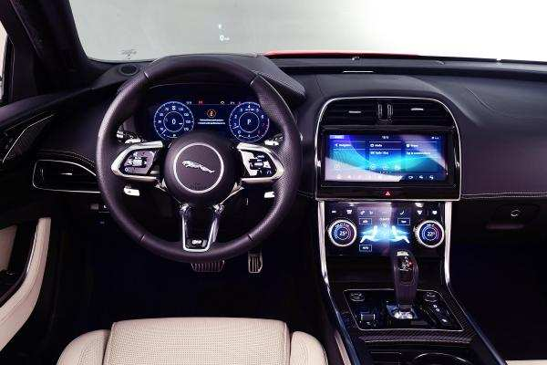 14 Concept of New Jaguar Xe 2020 Interior Pictures by New Jaguar Xe 2020 Interior