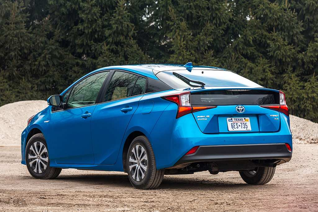 15 New 2019 Toyota Prius Pictures by 2019 Toyota Prius