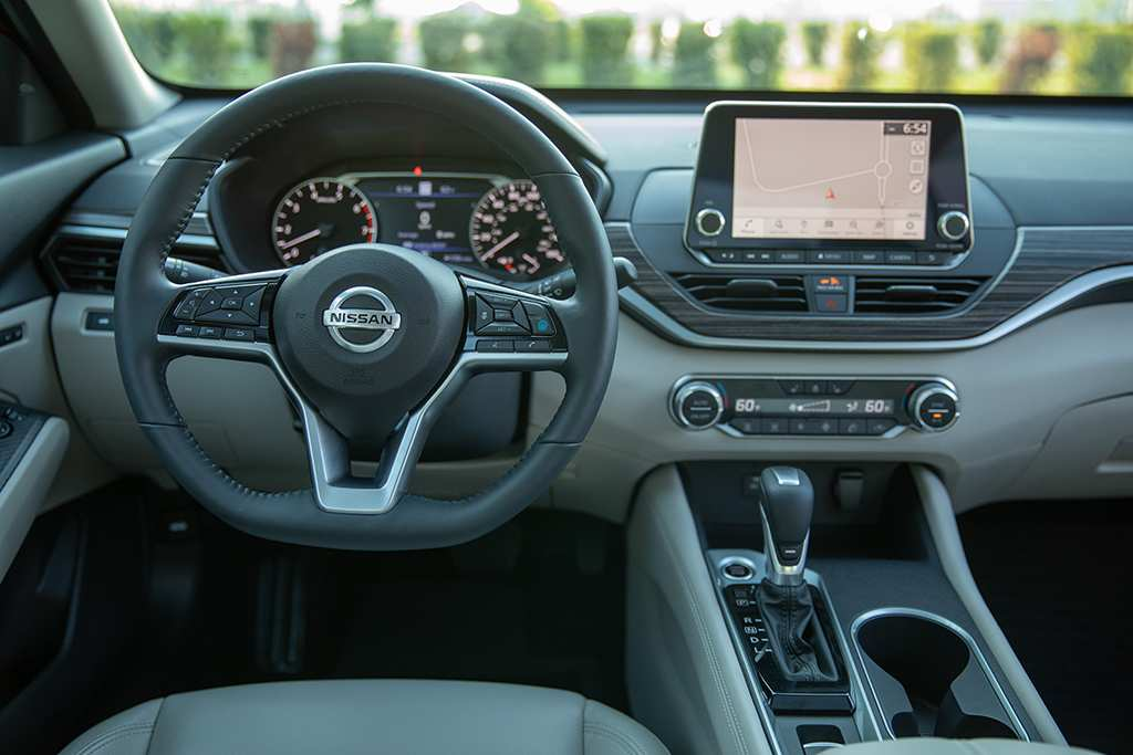 20 Gallery of 2019 Nissan Altima Interior Photos for 2019 Nissan Altima Interior
