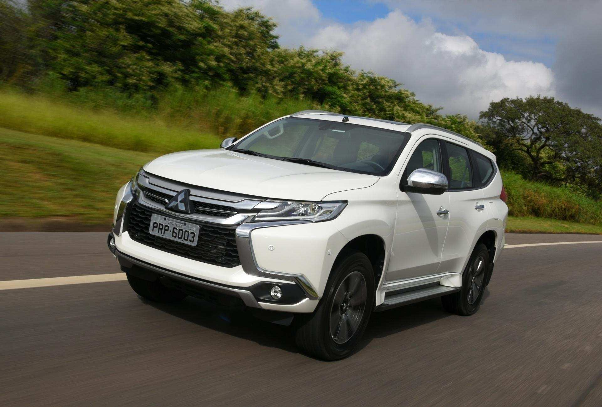 22 Best Review Mitsubishi Pajero Full 2020 Configurations by Mitsubishi Pajero Full 2020