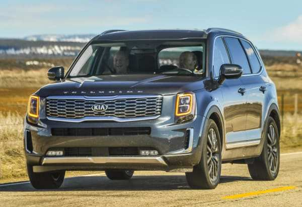 25 Best Review 2020 Hyundai Palisade Vs Kia Telluride Spy Shoot by 2020 Hyundai Palisade Vs Kia Telluride