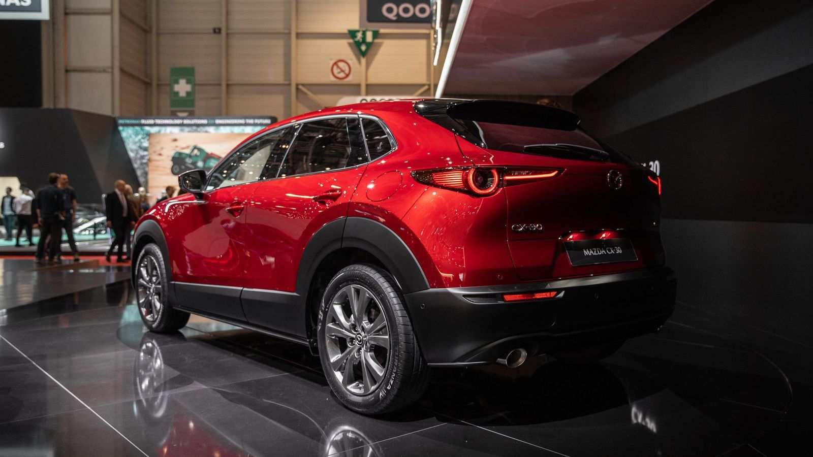 Kelebihan Mazda X30 Review