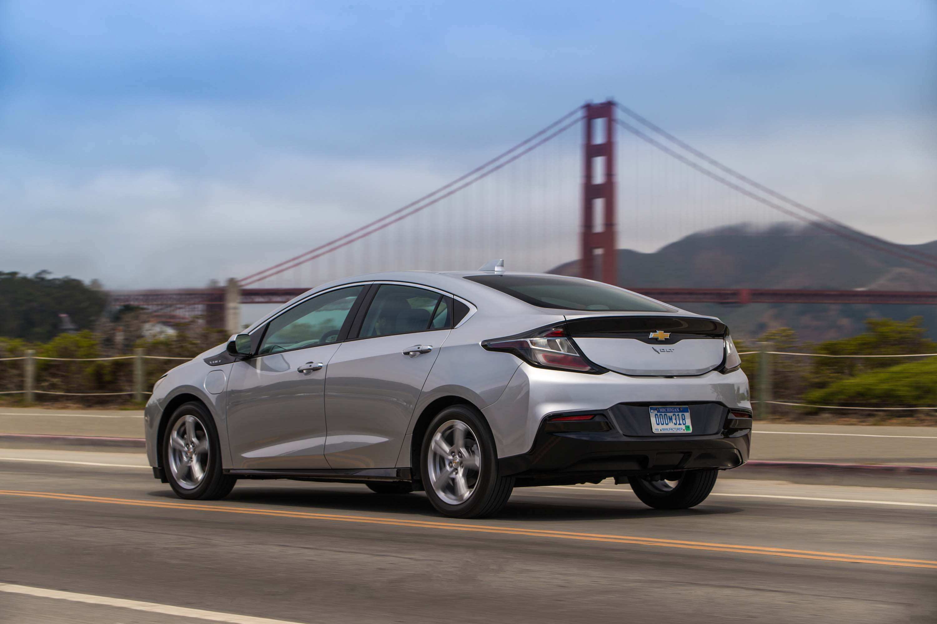 38 Concept of 2019 Chevrolet Volt Spy Shoot with 2019 Chevrolet Volt