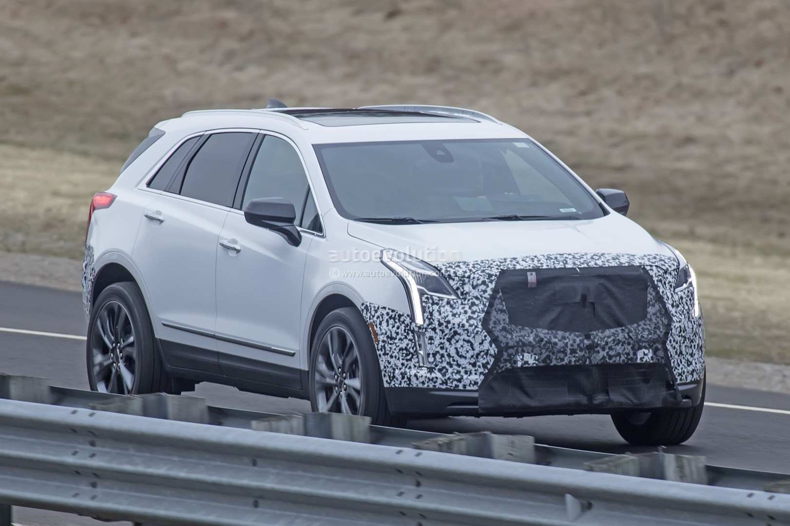 40 All New 2019 Spy Shots Cadillac Xt5 Performance and New Engine for 2019 Spy Shots Cadillac Xt5