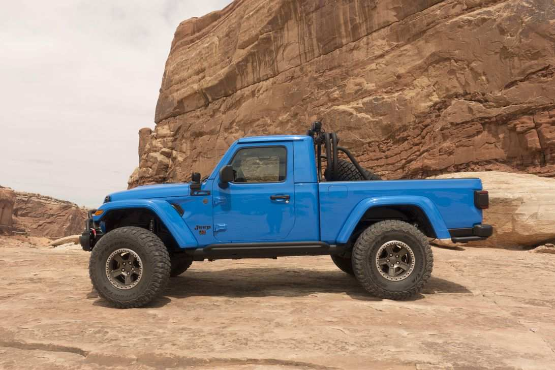 43 All New 2020 Jeep Gladiator 2 Door Pictures with 2020 Jeep Gladiator 2 Door