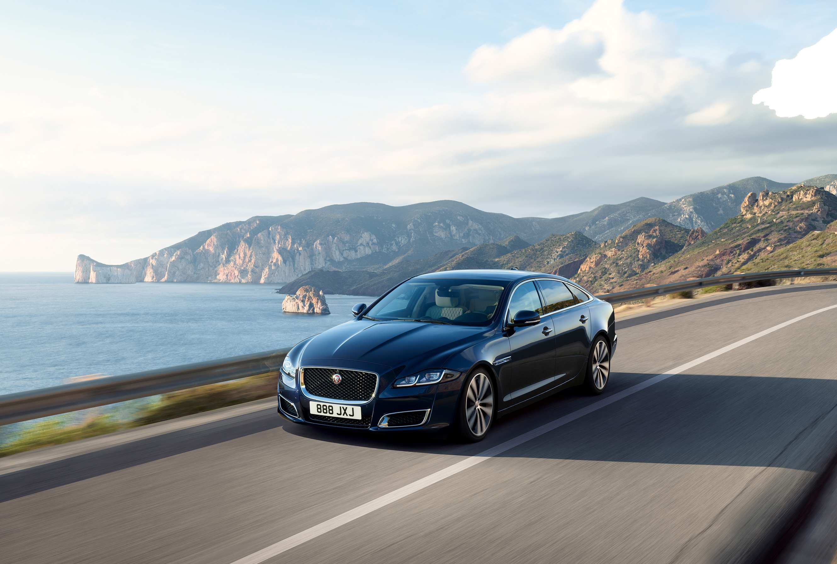 71 Gallery of 2020 Jaguar Xe Build Research New for 2020 Jaguar Xe Build