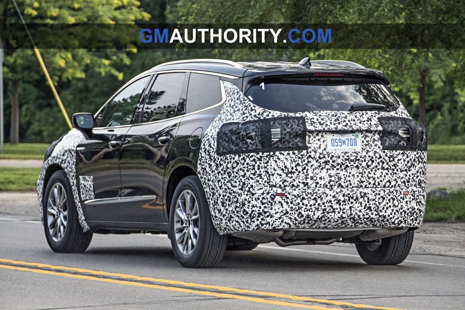72 Gallery of 2019 Buick Enclave Spy Photos Exterior and Interior by 2019 Buick Enclave Spy Photos