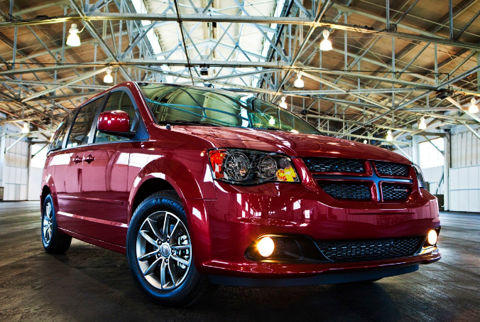 72 Gallery of 2020 Dodge Grand Caravan Redesign Spy Shoot by 2020 Dodge Grand Caravan Redesign