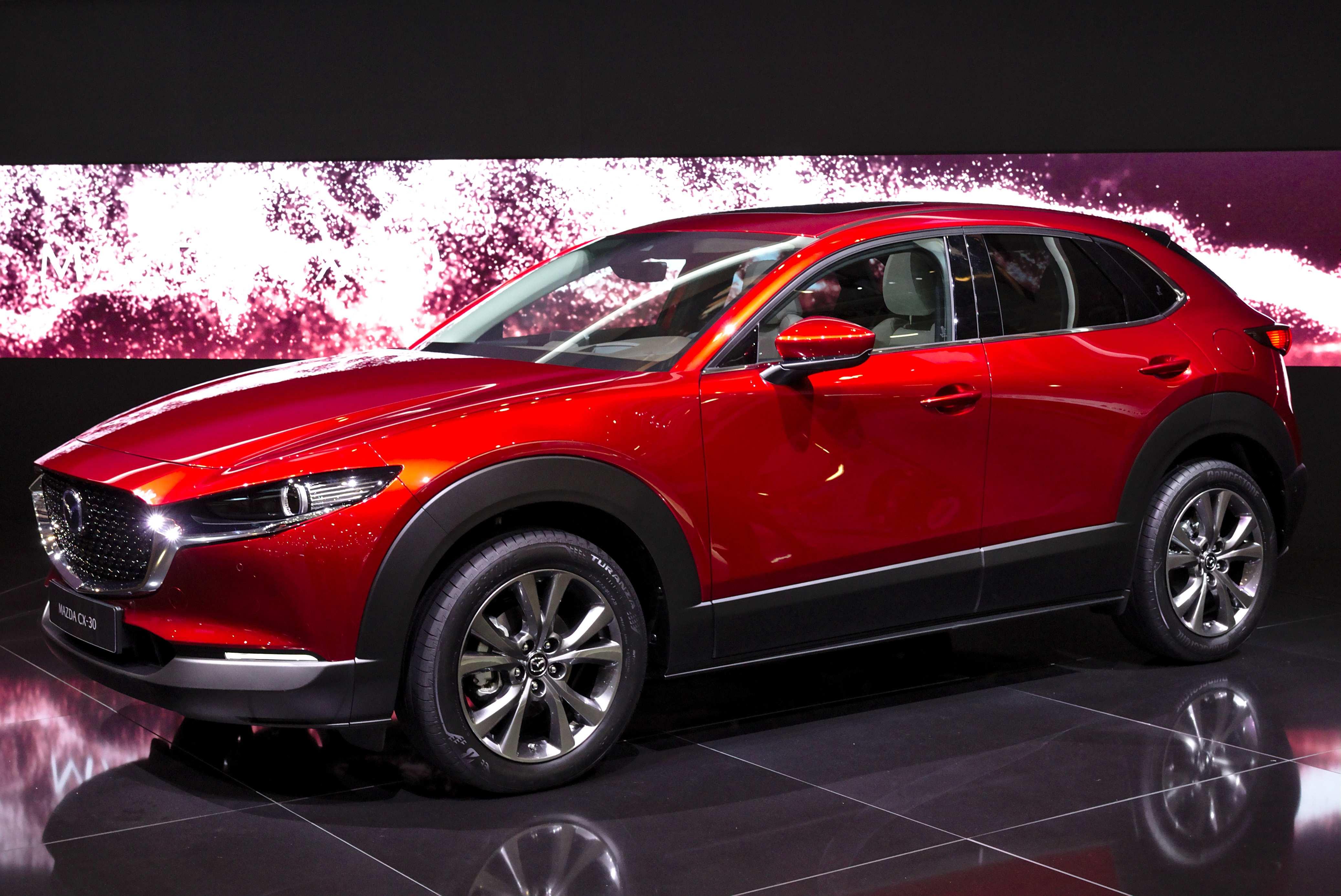 Kelebihan Kekurangan Mazda X30 Perbandingan Harga