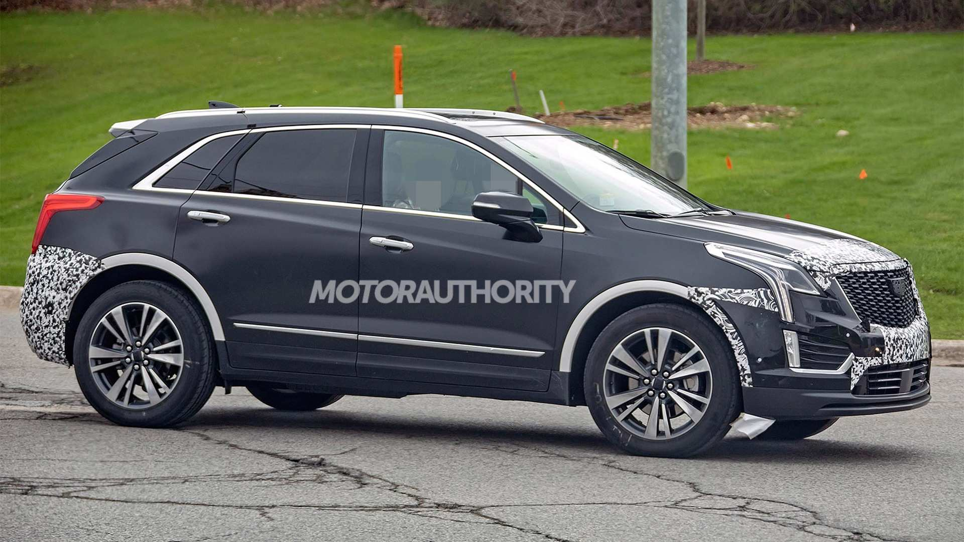 Spy Shots Cadillac Xt5 Reviews
