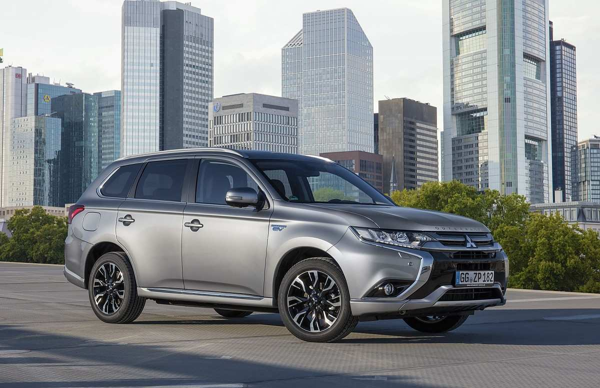 87 Great Mitsubishi Plug In Hybrid 2020 Wallpaper for Mitsubishi Plug In Hybrid 2020