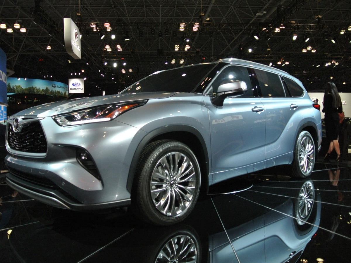 16 Best Review Pictures Of 2020 Toyota Highlander Spy Shoot by Pictures Of 2020 Toyota Highlander