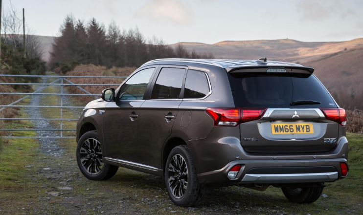 54 All New 2020 Mitsubishi Outlander Phev Usa Photos for 2020 Mitsubishi Outlander Phev Usa