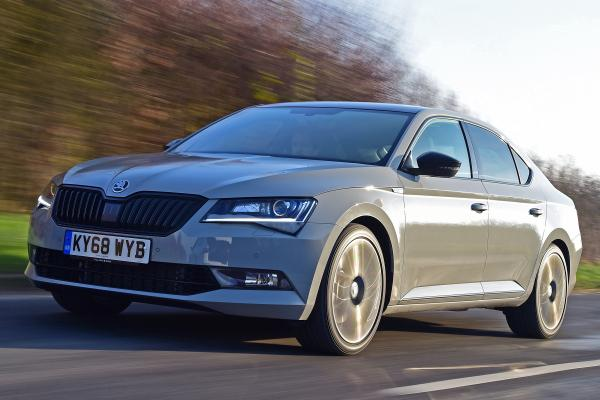 60 New 2019 New Skoda Superb Style for 2019 New Skoda Superb
