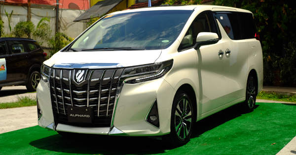 94 Gallery of 2019 Toyota Alphard Exterior and Interior with 2019 Toyota Alphard